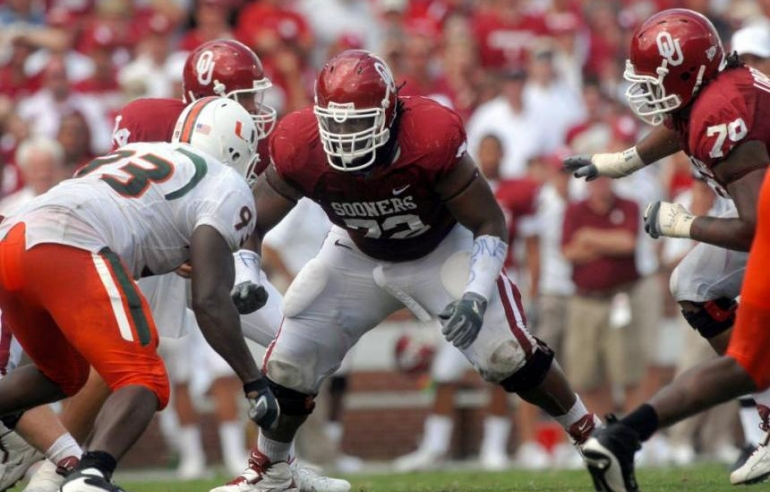 Roughriders Sign Former Sooners 2 Time All American OL Duke Robinson